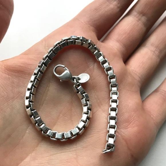 ac3943a2b Tiffany & Co Silver Venetian Box Chain Bracelet. M_5abdb436c9fcdfa4fbcd2498